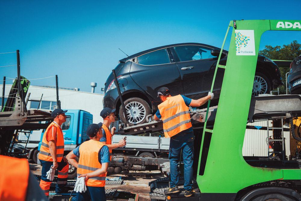 pozycjonowanie aut na autotransporterze